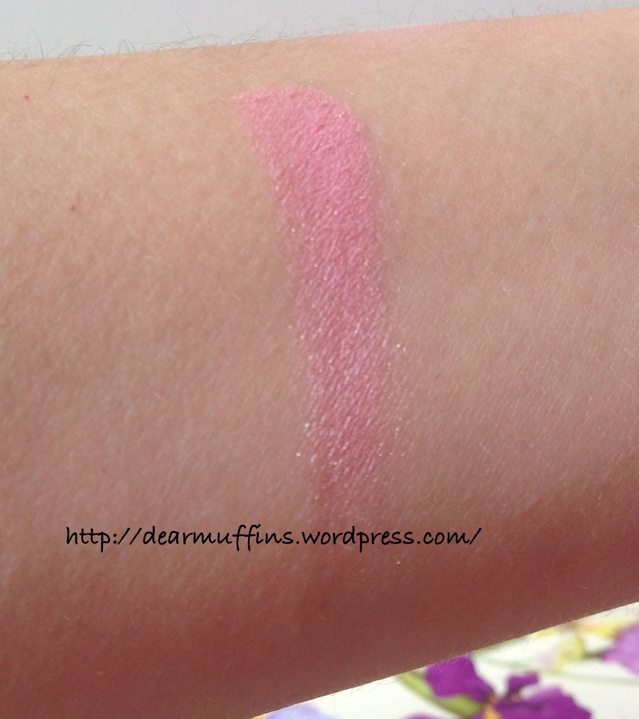 Nice pink! You can find the review and swatches of this pretty eyeshadow!