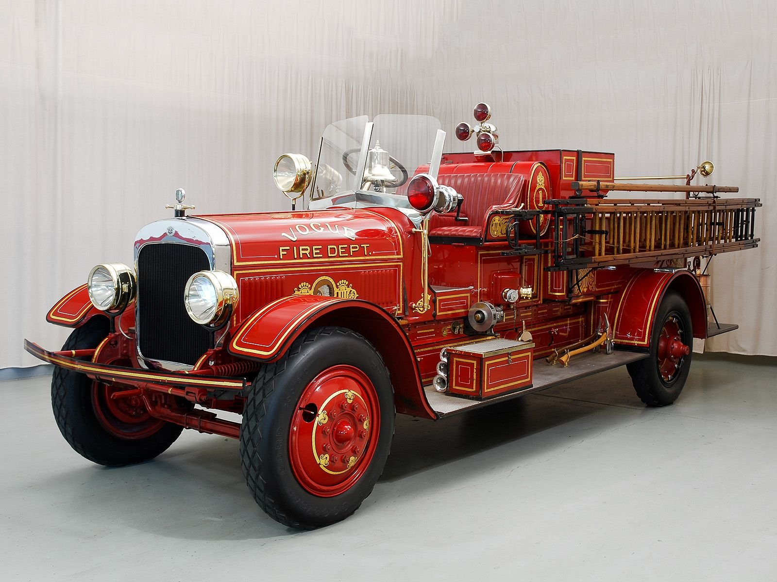 заболевание, картинка старинных пожарных машин несмышленышем, глядел тебя