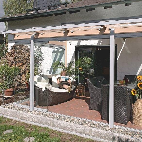 Bei Wind und Wetter auf der Terrasse dank Terrassenüberdachung und - markisen fur balkon design ideen