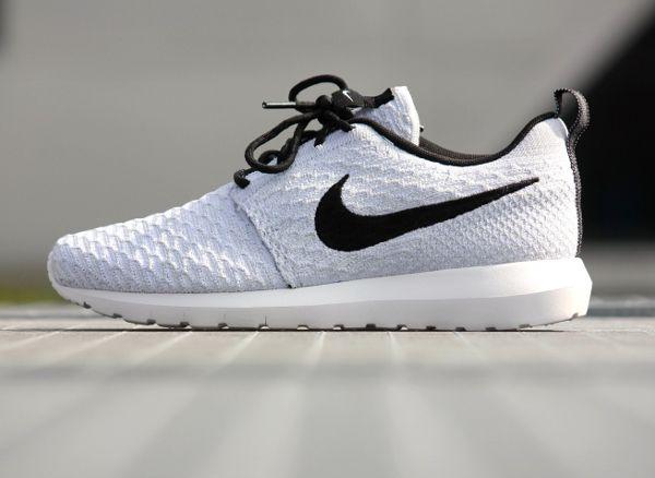 Nike Flyknit Roshe Run White Wolf Grey