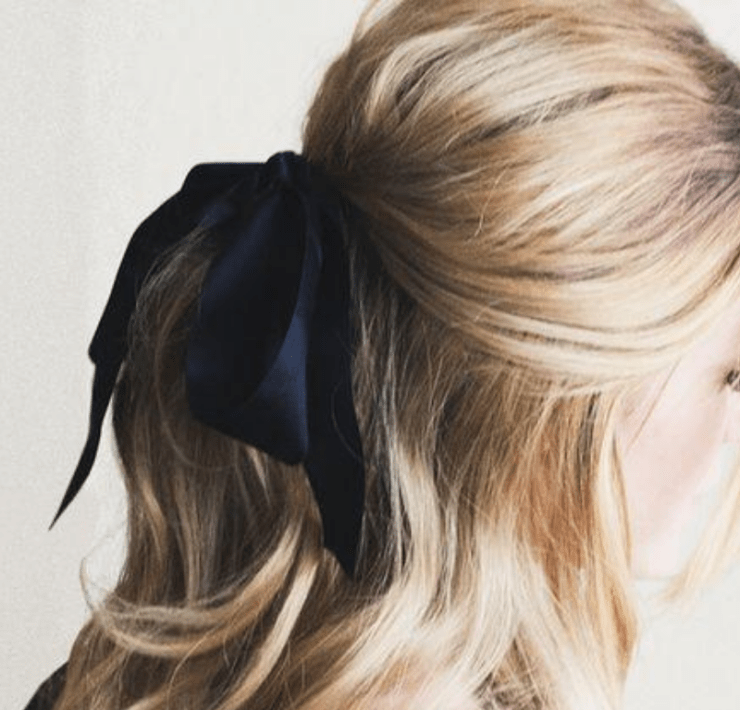 7 Ways To Save Your Hair Once It Gets Dry - Society19