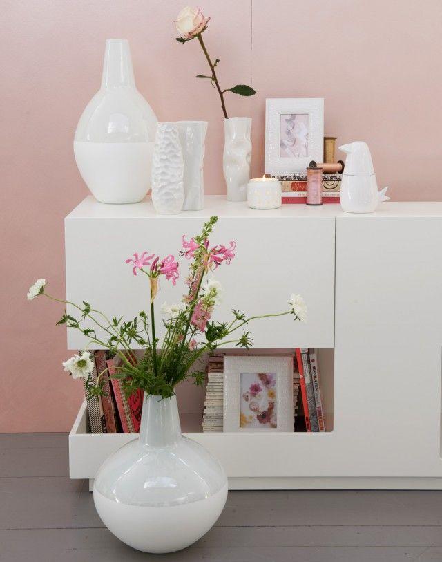 kulisse fÜr schÖne mÖbel vor rosa kommen weisse möbel viel stärker, Hause deko