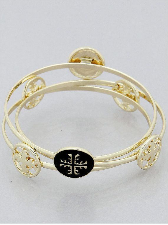 Tory Burch bangle bracelet jewelry cheap! Preppy, classy $10-$20