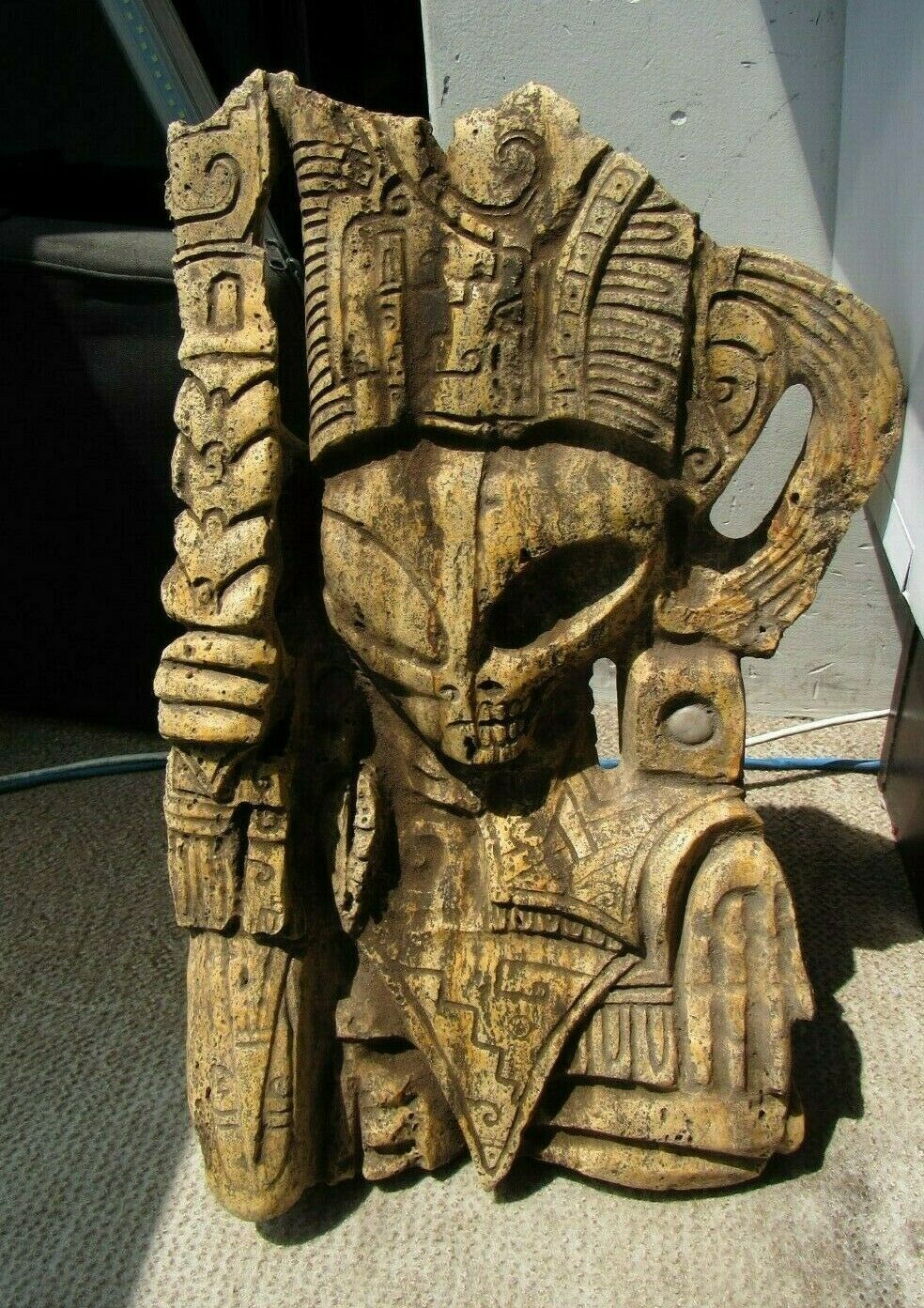 Ancient Pre-Columbian Tula Hidalgo Mexico SILEX Carved Alien