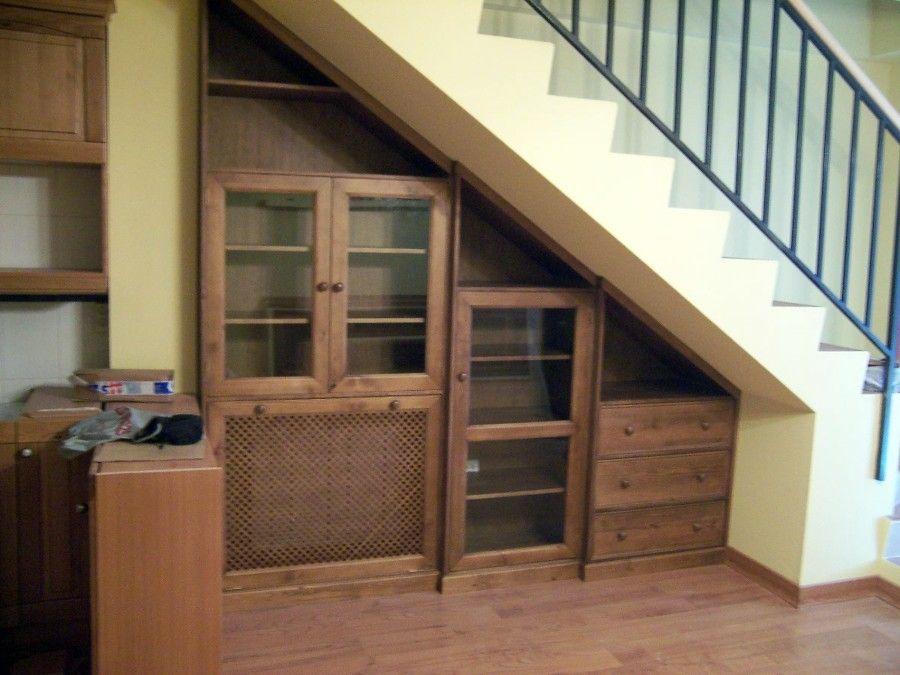 Mueble bajo escalera living room pinterest escalera for Alacena madera maciza