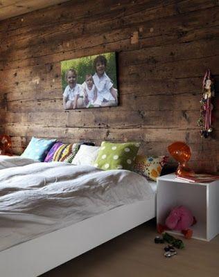 Pared de madera oscura | deco | Pinterest | Pared de madera, Madera ...