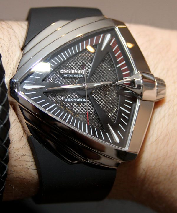 hamilton ventura xxl watch in men in black iii acessórios 46671fa2c67db5218f220f767921ee31 jpg