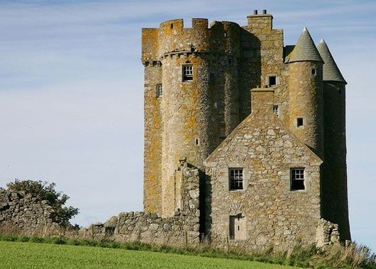 Inchdrewer Castle For Sale The Scottish Castles Association Www