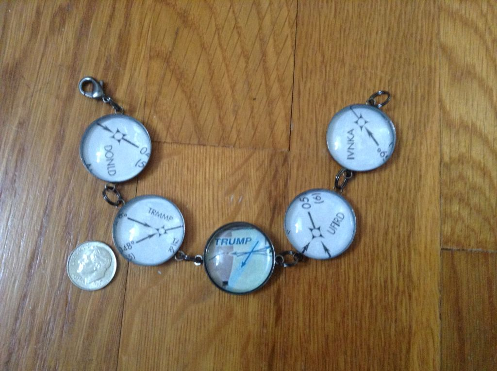 Bracelet using intersections from aeronautical charts