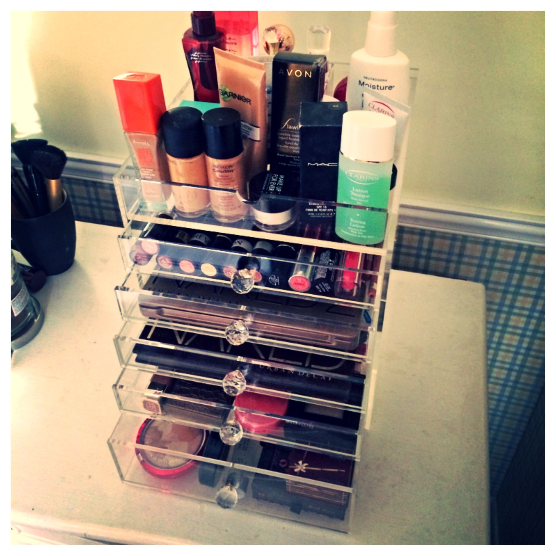The Beauty Cube - Acrylic Makeup Organizer www.beautycubes.com