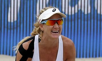 f0ff780c667 Kerri Walsh Jennings Shuts Down Beach Volleyball Bikini Critics ...