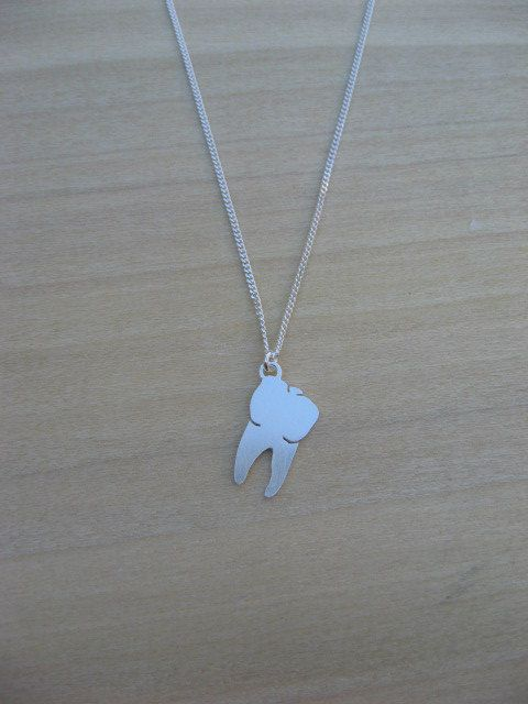 925 Sterling Silver Simple Solid DentistS Dental Molar Tooth Pendant Charm
