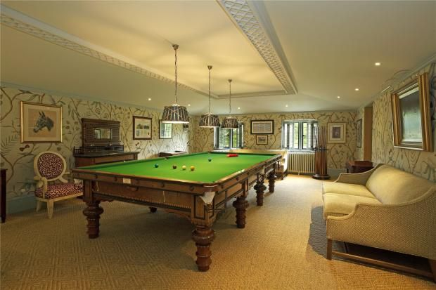 From setting up a gaming chair to having a pool table why not use your & From setting up a gaming chair to having a pool table why not use ...