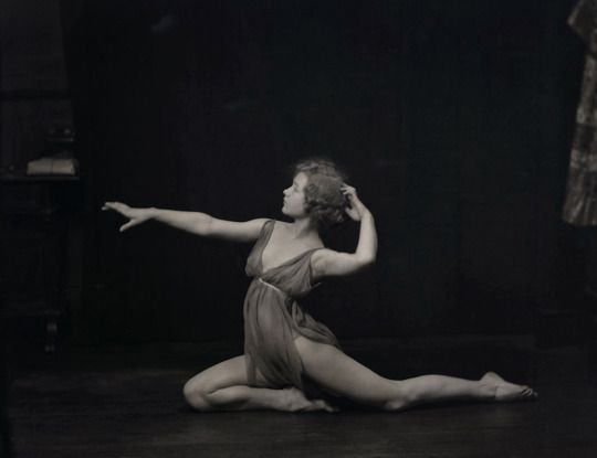 Dancer photographed by Arnold Genthe, 1920s Dance Pinterest - dance resumeresume prime