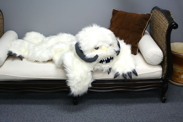 Star Wars Wampa Rug - Take My Paycheck   The coolest gadgets, electronics, geeky stuff, and more! Shut up and take my money!