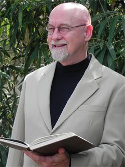 Joe Pitzer An Amazing HeartLight Wedding Officiant In The New Orleans Area Has A Kind Spirit And Wonderful Voice For Ceremony