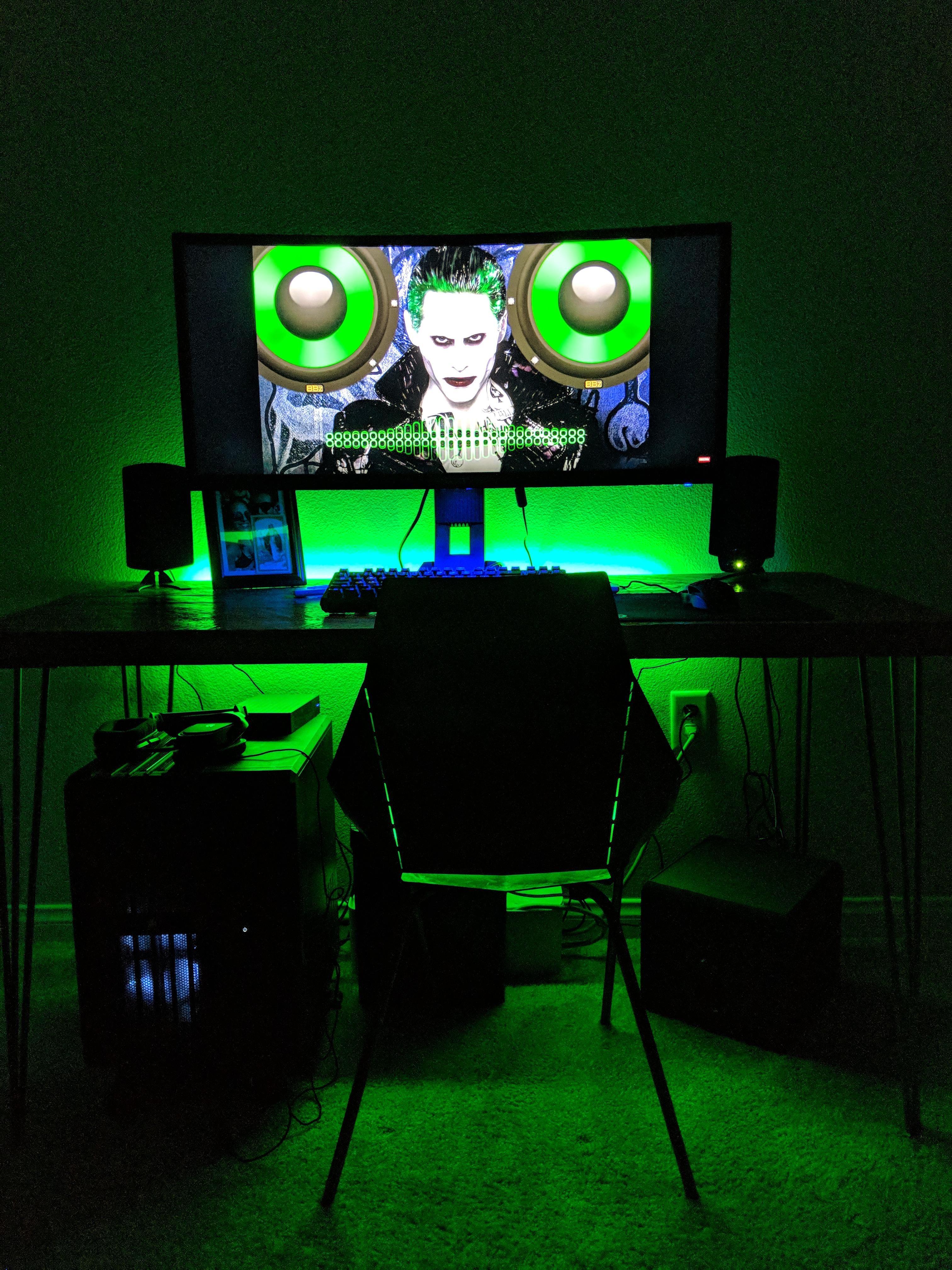 8 Year Old Rig Time For An Upgrade Laptop Gaming Setup Pc Setup Desktop Setup