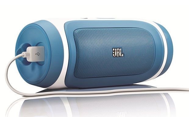 The JBL Charge features a 2X 5-watt speaker set-up with a