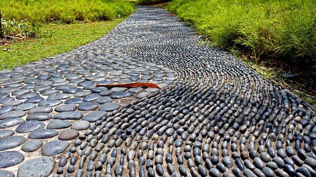 foot reflexology path at singapore botanic gardens by alantankenghoe via flickr gradini. Black Bedroom Furniture Sets. Home Design Ideas