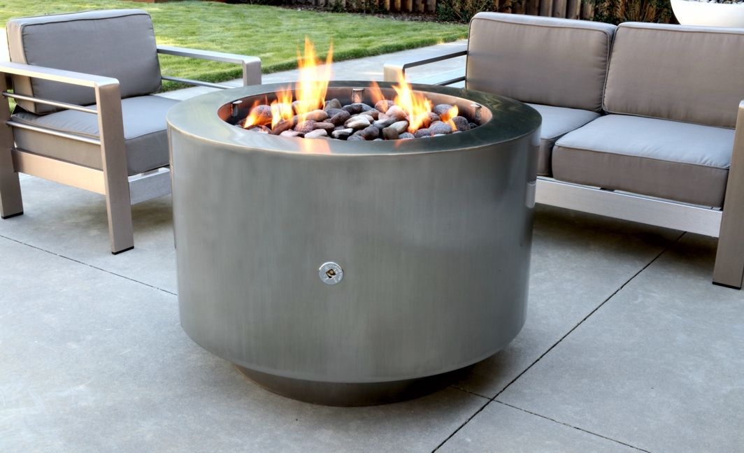 38 Inch Round Stainless Steel Fire Pit Available In Natural Gas Propane Or Hidden Tank Models Stainless Steel Fire Pit Steel Fire Pit Fire Pit