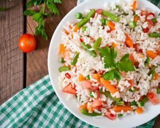 Salade de riz minceur petits pois, carottes et haricots