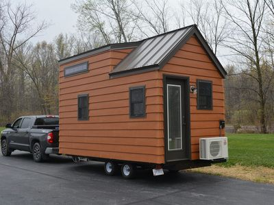 SMALL SPACES CLE | Vans/Trailers | Pinterest | Small spaces, Models ...