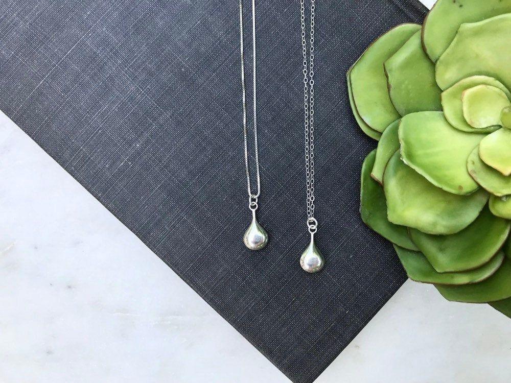 Rain Tear Drop Necklace Silver Simple Charm Minimalist Dainty