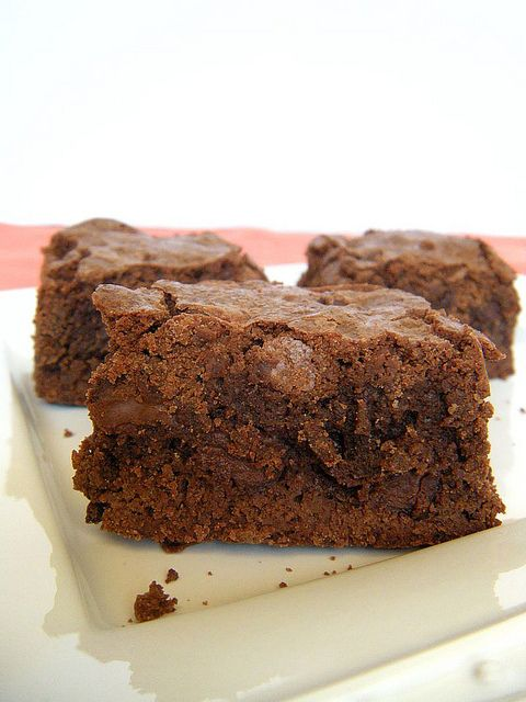 Simple Homemade Fudgy Brownies: made these last week and almost ate all of them