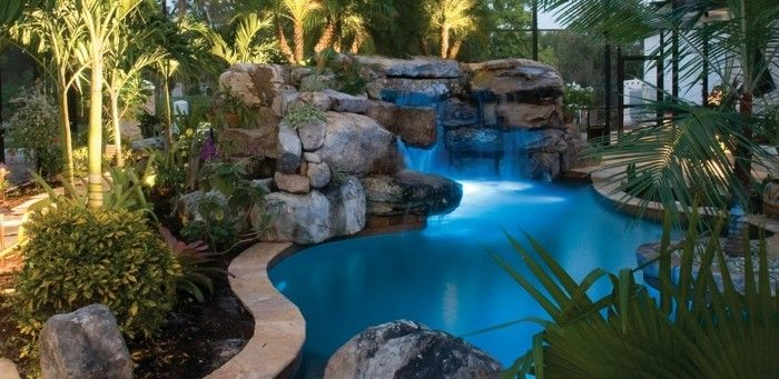 160 tolle bilder von luxus pool im garten garten pinterest garden swimming pools backyard. Black Bedroom Furniture Sets. Home Design Ideas