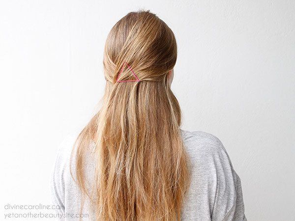 How to clip hair back with bobby pins