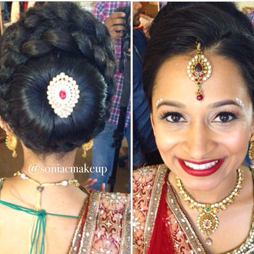 Indian Bride Wearing Bridal Lehenga And Jewelry Indianbridalhairstyle Indianbridalmakeup Looks