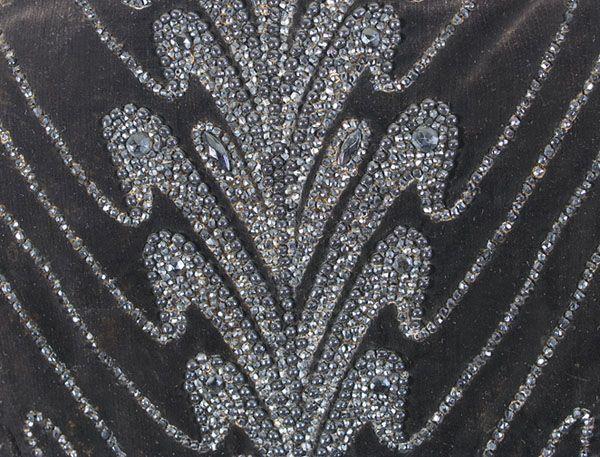 Victorian clothing at Vintage Textile: #6603 Pingat mantle