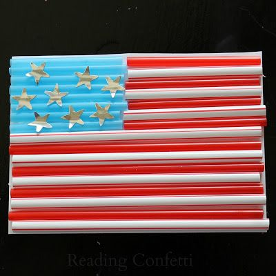 Celebrate the 4th of July with kids by making an American flag craft from colored drinking straws #patriotsdaycraftsforkids