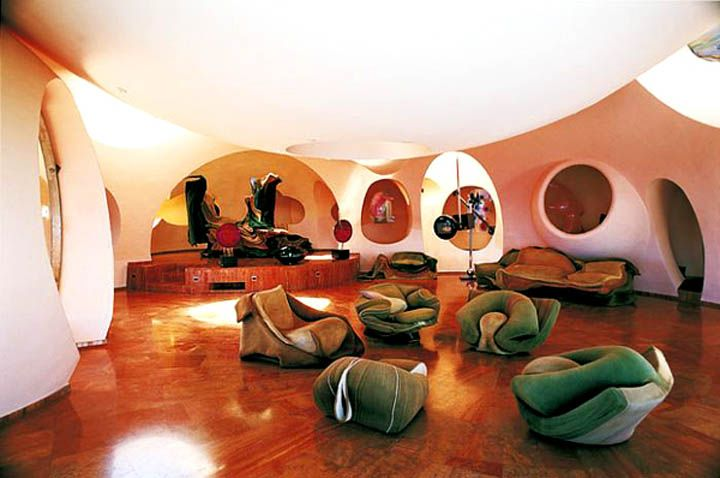 Palais Bulles Palace Of Bubbles Pierre Cardin House Antti Lovag Cannes 4 Bubble House Futuristic Home Modern Home Interior Design