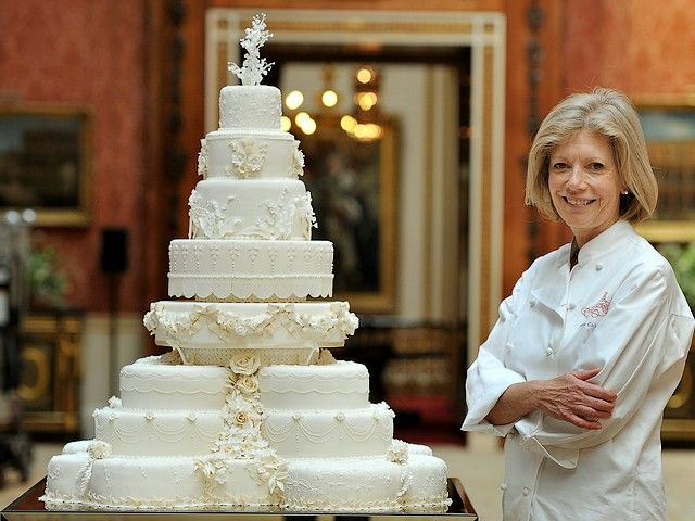 Royal Wedding Cake Designer Fiona Cairns In Picture Gallery Of Buckingham Palace London England