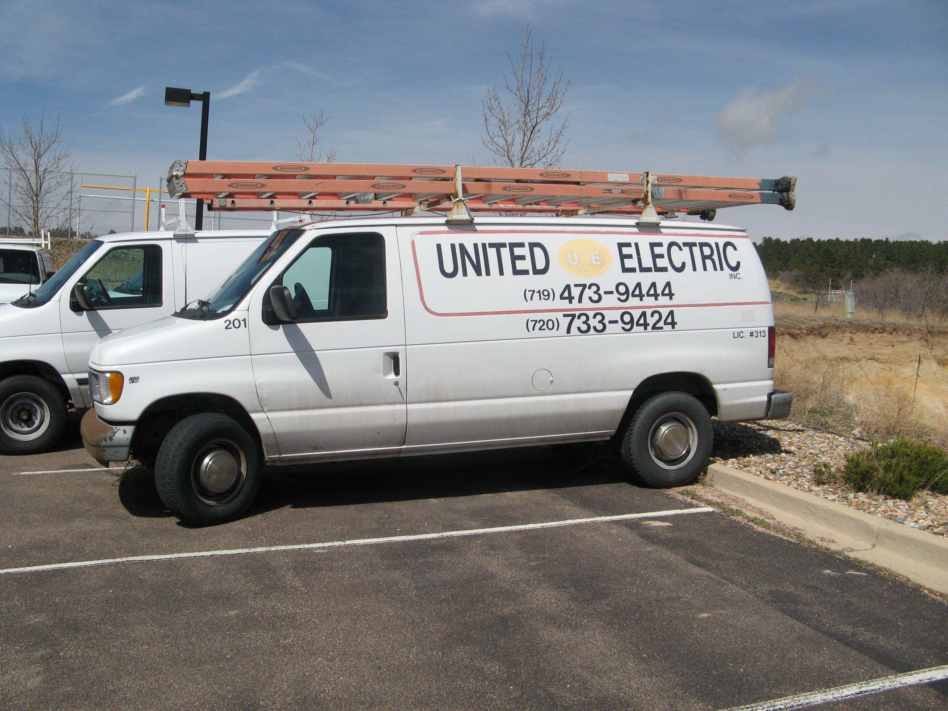 00 Ford Panel Van Triton V8 With Images Vans Vehicles The Unit