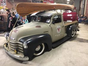 Super Cool Advance Design Chevy Pickup Slammed Over Wide White Wall Tires On Steel Wheels And Rocking A Tw Vintage Pickup Trucks 1954 Chevy Truck Chevy Pickups