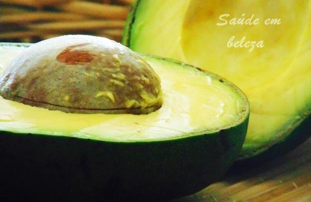 Saúde em beleza: Benefícios do abacate
