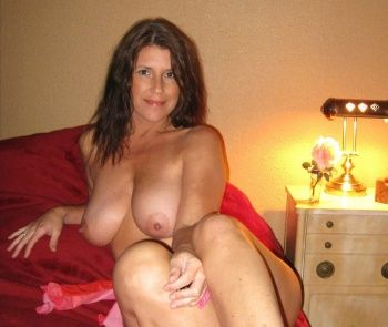 Amateur nude over 50 housewife