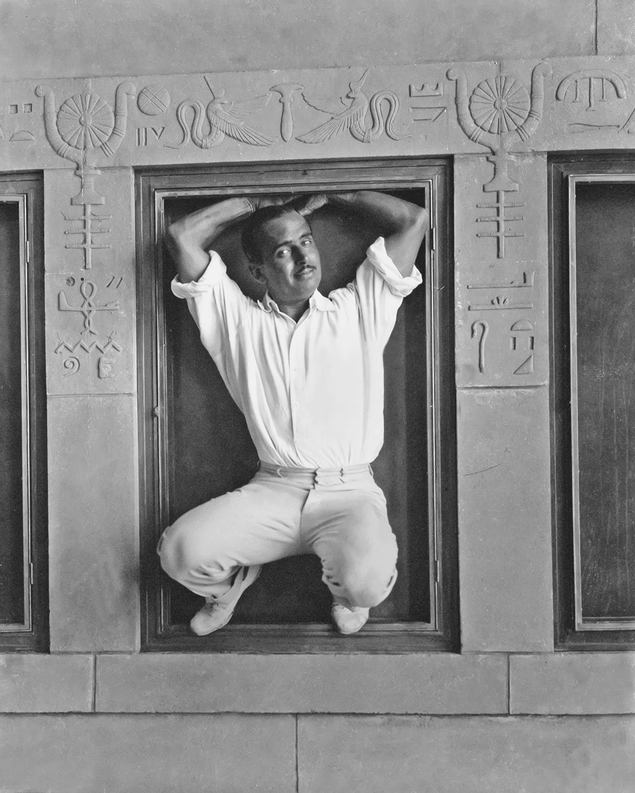 Douglas Fairbanks at Grauman's Egyptian Theater during construction, 1921
