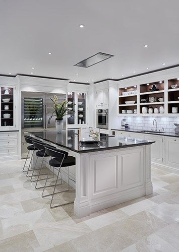 Luxury Grand Kitchen - Tom Howley Lye kitchen Pinterest - Cocinas Integrales Blancas