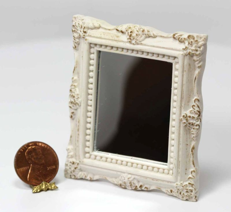 Dollhouse Miniature 1:12 Scale Ornate Gold Victorian Frame in Metal