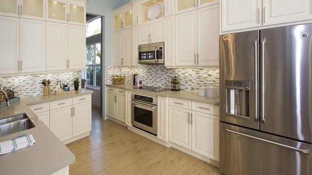 Alexandra Grande 55 House Plan In Valencia Cove Boynton Beach Florida Kitchen Cabinets And Granite Kitchen Cabinets Kitchen Remodeling Projects