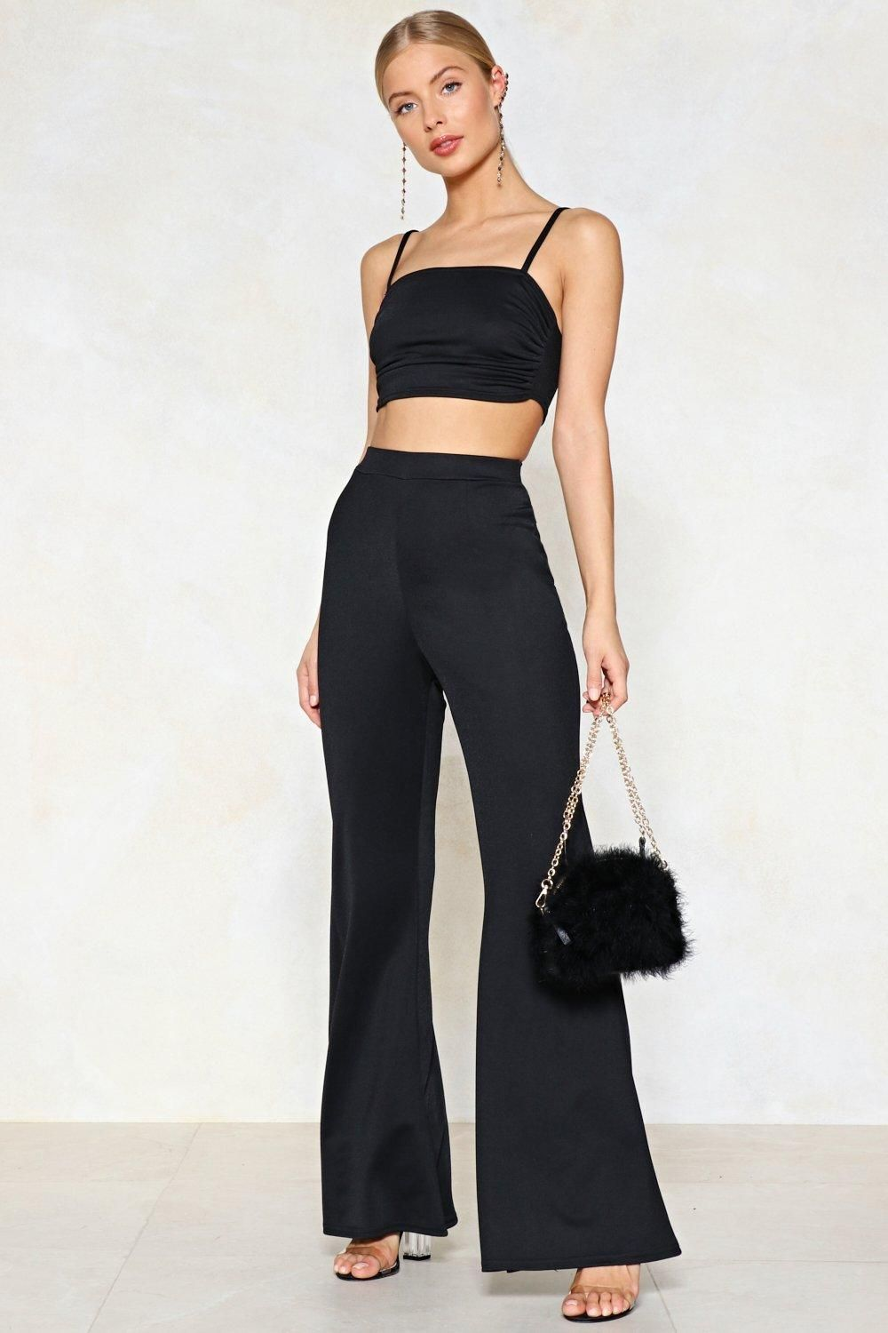 277a29c135ca The Take Two Pieces Top features a cropped silhouette and square neckline.  The matching pants feature a high-waisted