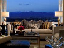 Best Pet Friendly Hotel Winners 2013 10best Readers Choice Travel Awards Las Vegas Condos Penthouse For Sale Trump International Hotel Las Vegas