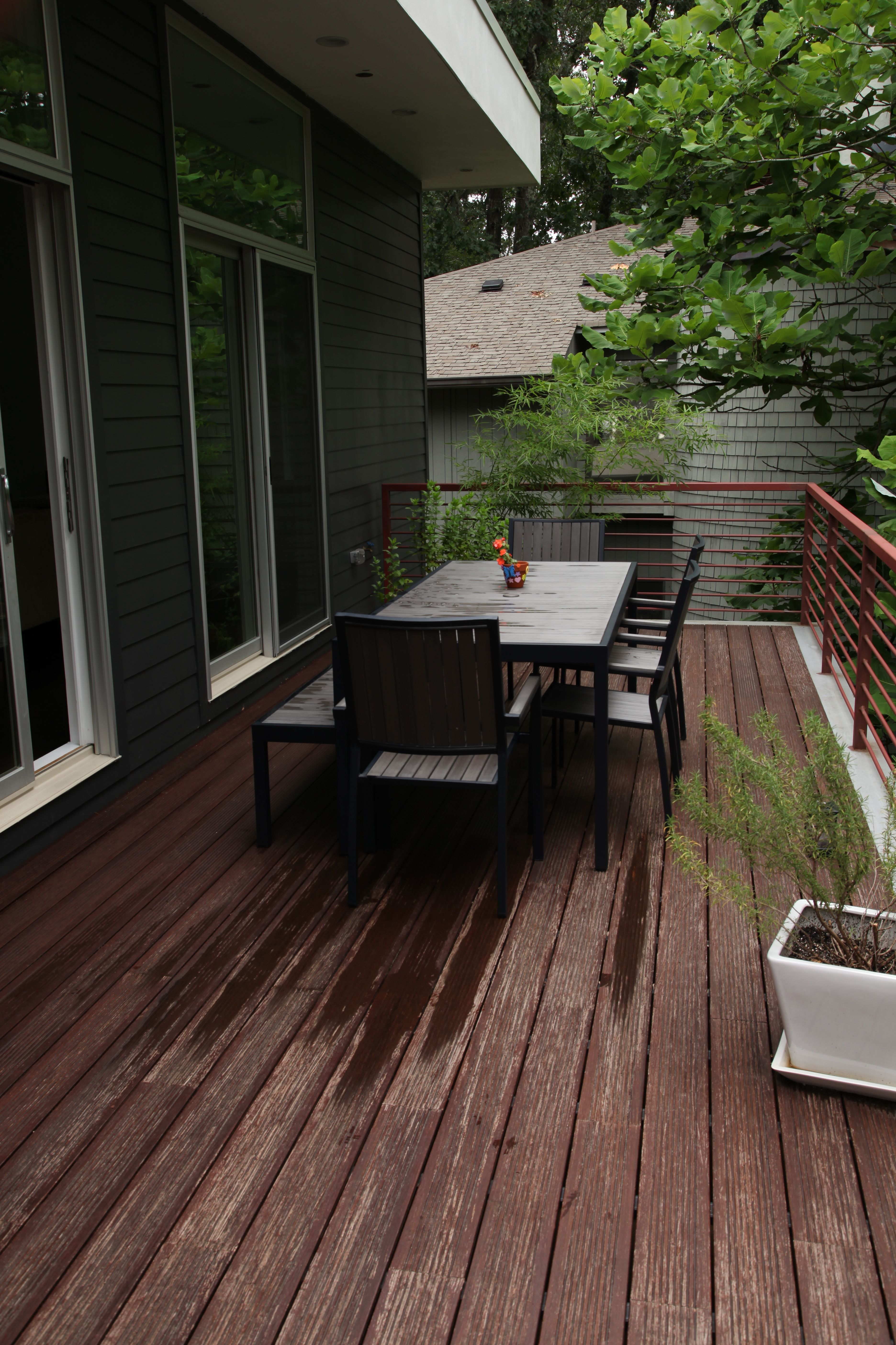 This Dasso Xtr Fused Bamboo Deck Is A Great Spot For Outdoor Entertaining Bamboo Decking Deck Porch Flooring