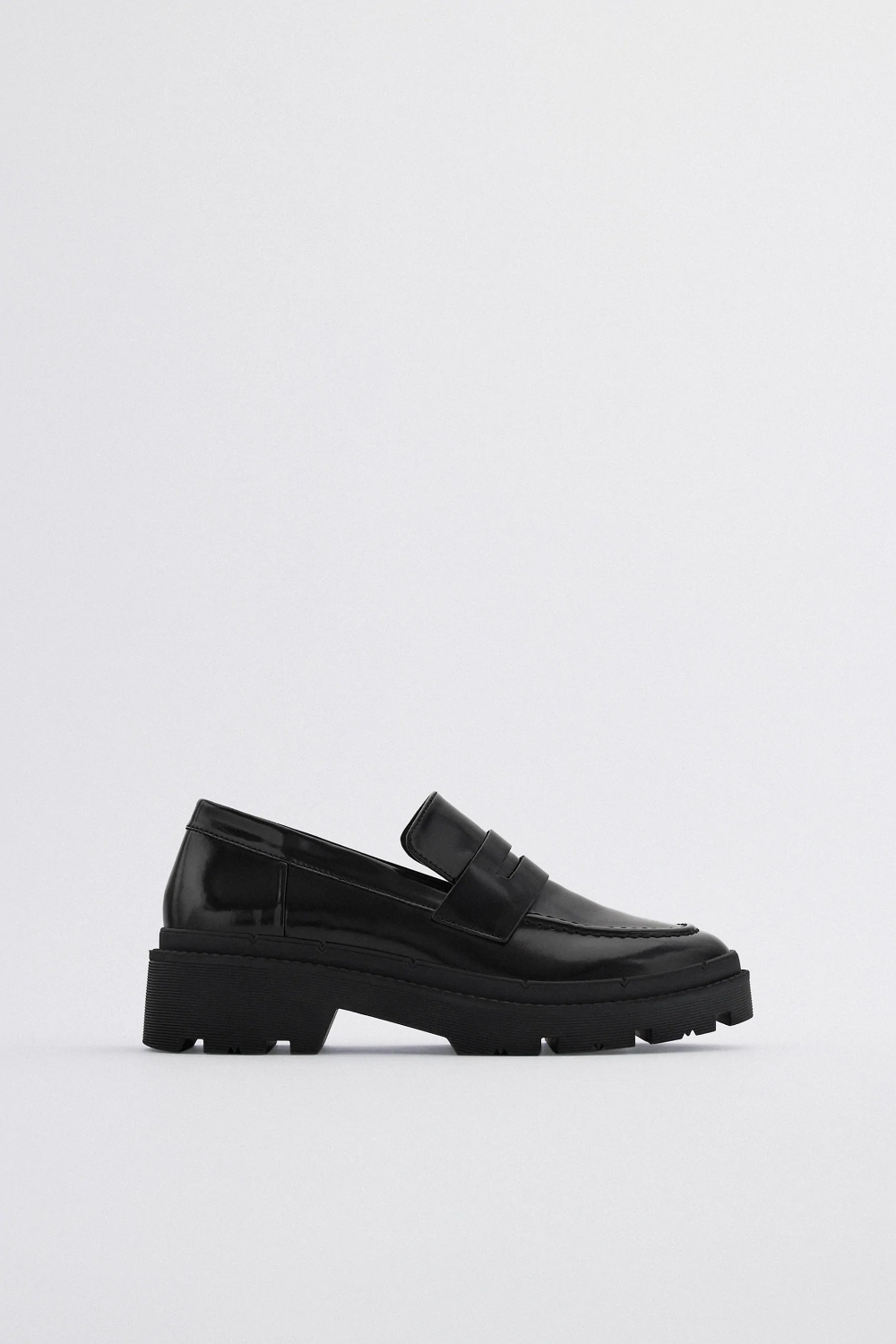Treaded Sole Loafers Zara United States Loafers Shoes With Leggings Shoes [ 1500 x 1000 Pixel ]