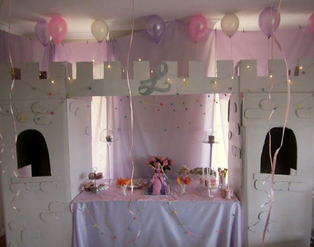 Princess party central!!!  Mon ikke der er en der er helt vild efter at få sådan et slot. Det kan HUBU'er sagtens klare.