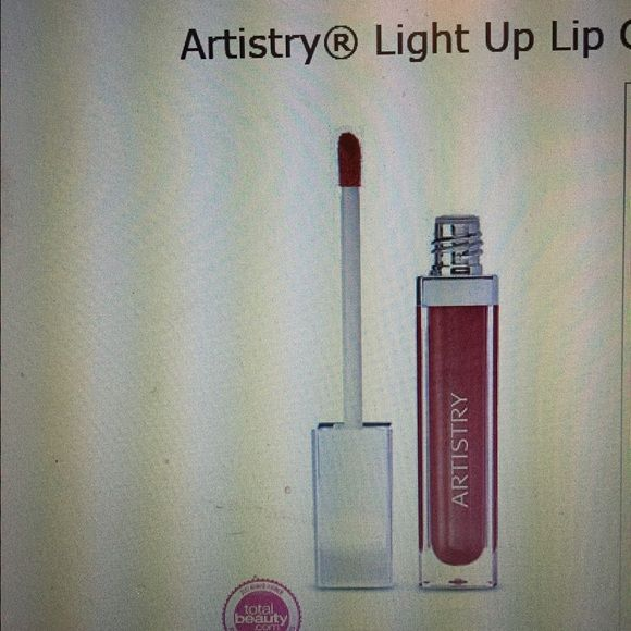 Artistry Light Up Lip Gloss Confetti Build In Mirror And Led