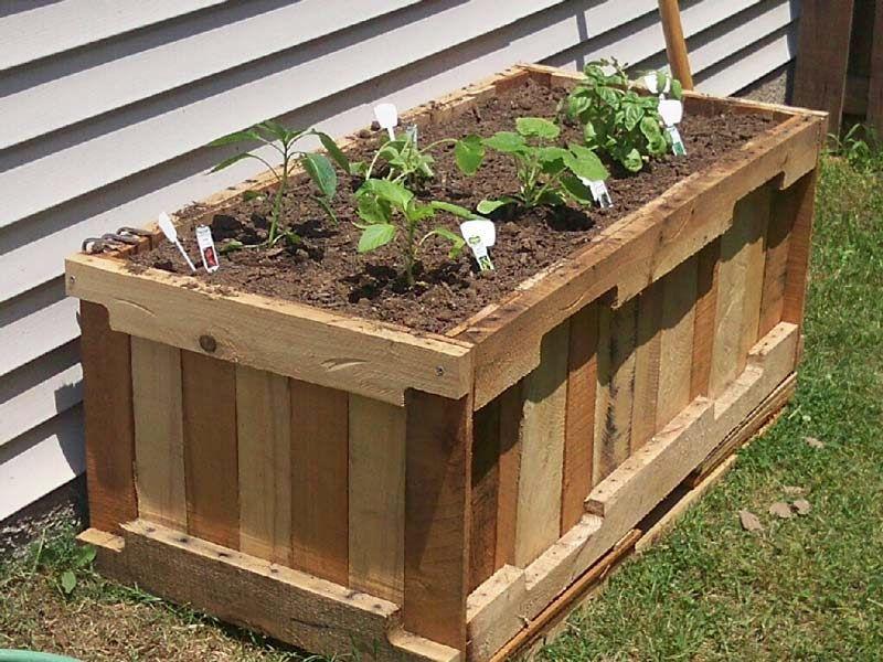Instrucciones y planos 3D de como hacer una jardinera con palets